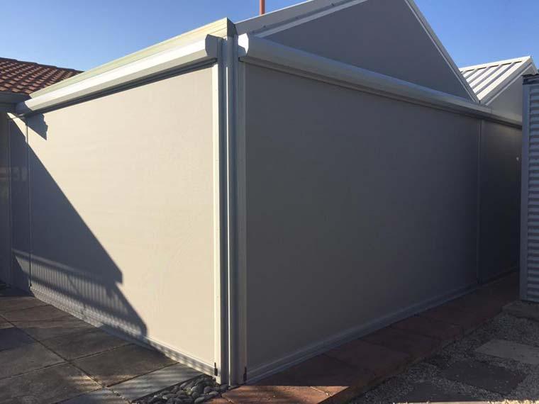 Blinds Create New Room in Lynwood