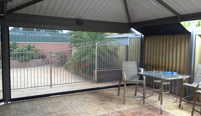 5 Metre Patio Blind In Safety Bay 1