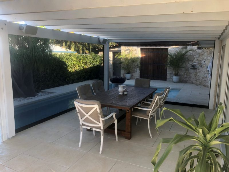 patio in samson with shade mesh ziptrak blinds fitted